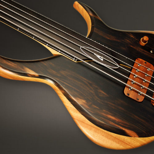 Aural II fretless 5 – Left-side